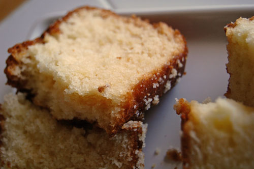 Honey Vanilla Sour Cream Cakes