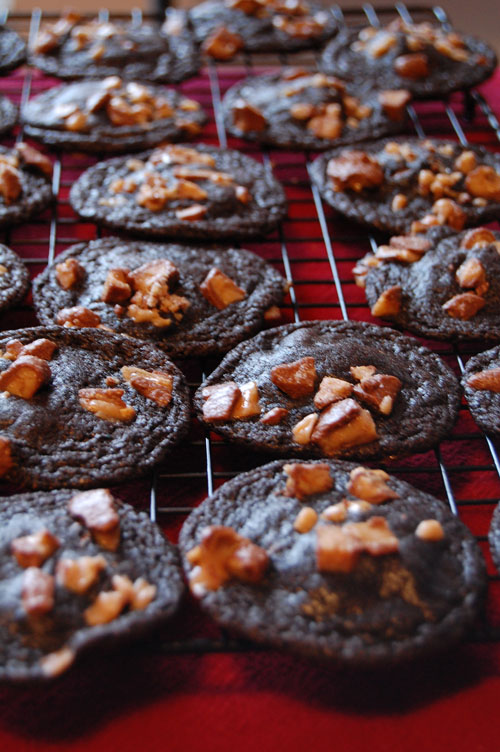 Million Dollar Cookies: Chocolate cookie with Rolo and Heath