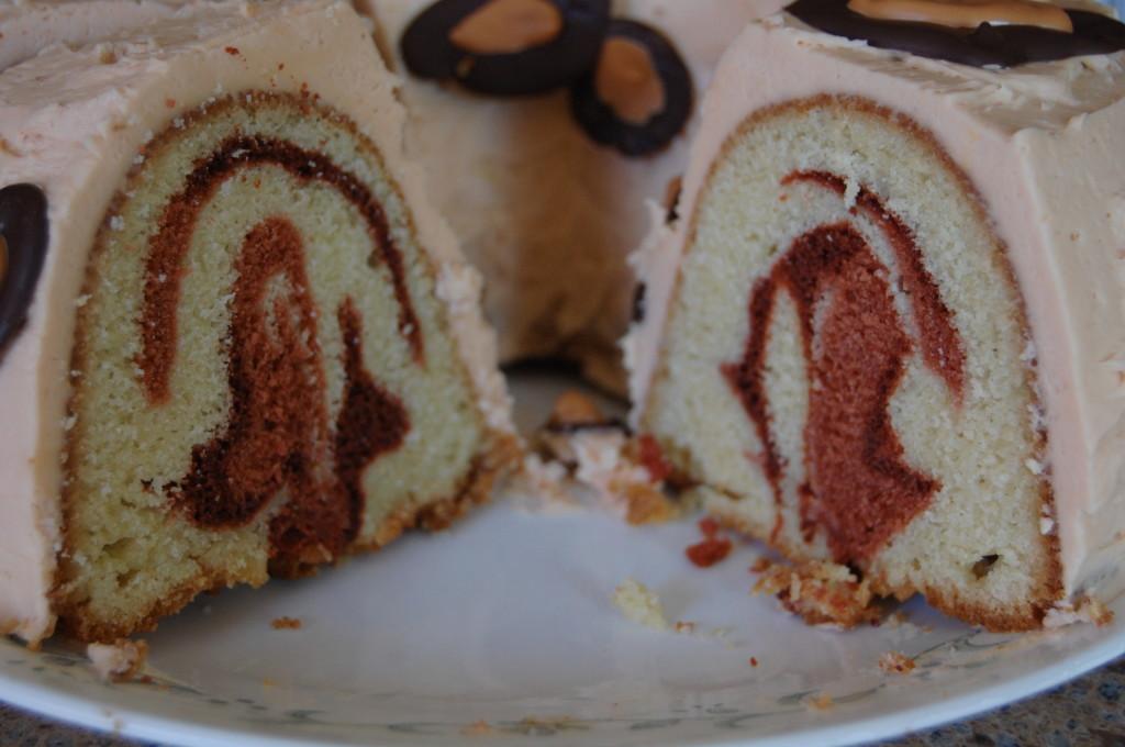 Surprise inside: Leopard Cake