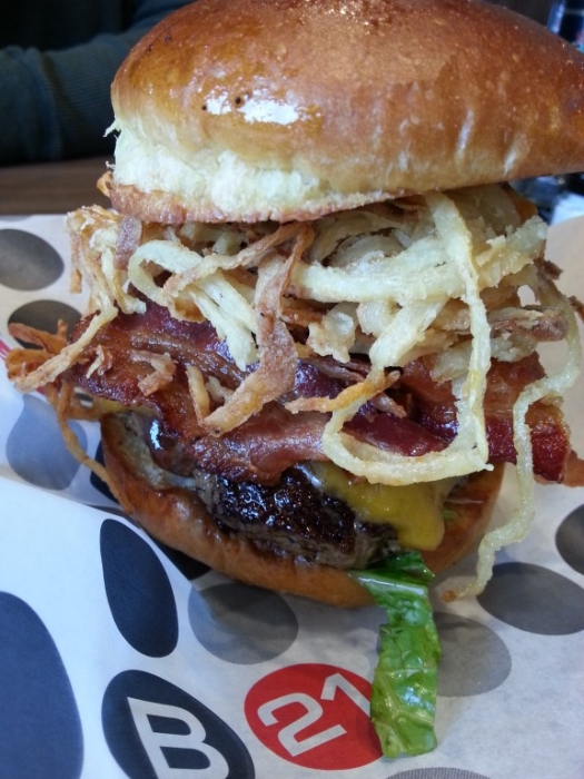 Tex Mex Haystack Burger // Burger 21