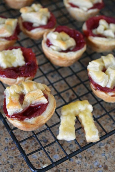 Pi Day - Mini Cherry Pie